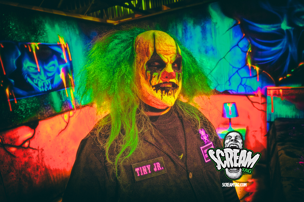 Scream Tag No One Is Safe Field Of Screams